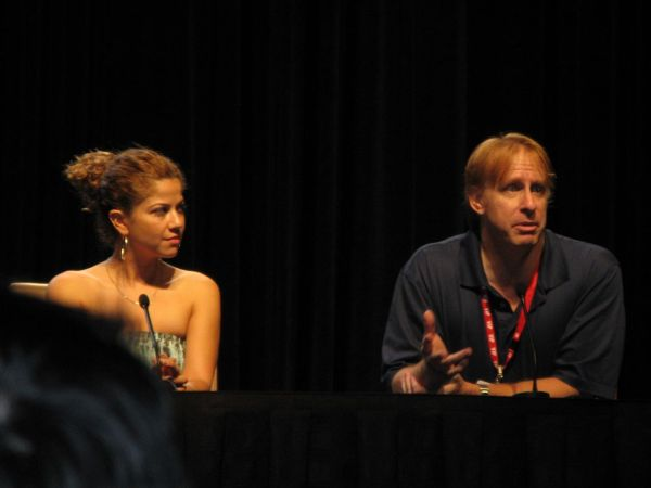 Luciana Carro and Kevin Grazier at Dragon*Con (image by Acanthine)