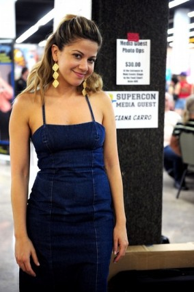 Luciana Carro at Florida Supercon