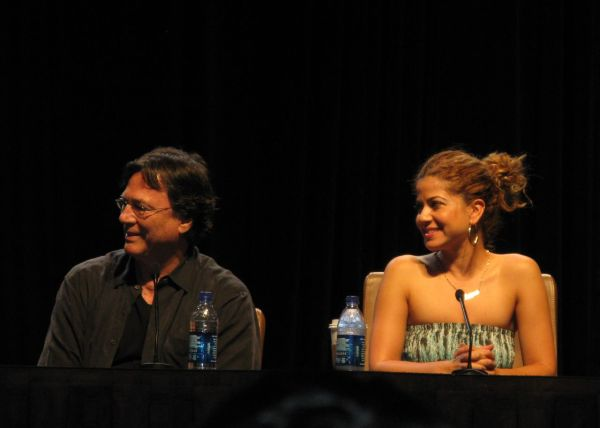Luciana and Richard Hatch at Dragon*Con (photo by Acanthine)