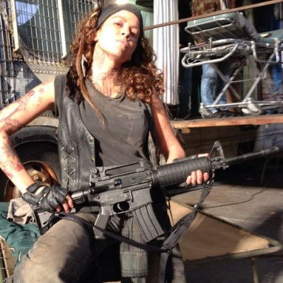 Luciana as Crazy Lee on the set of Falling Skies